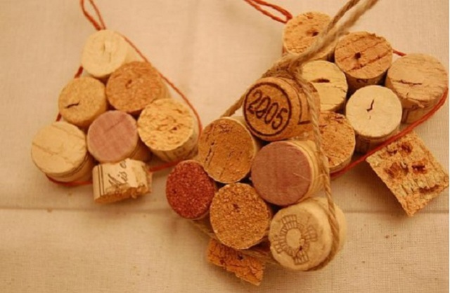5-ways-of-turning-wine-corks-inmas-decorations