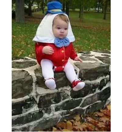 """El huevo más famoso de la historia, en versión """"disfraz para bebés"""". ¡Cuidado, que no se caiga de la pared!"""