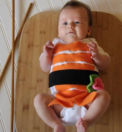 Con un body y fieltro de colores, puedes disfrazar a tu retoño de sushi.
