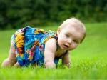 bebe-jugar-naturaleza_articulo_landscape