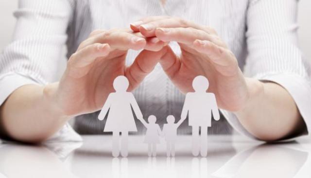 como-dejar-de-ser-una-madre-sobreprotectora-1